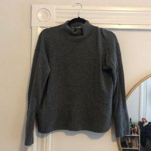 Everlane cashmere square neck grey sweater size S